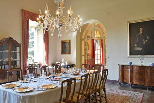 Weddings at Villa Lungomonte - The villa offers all the grace of a bygone era.