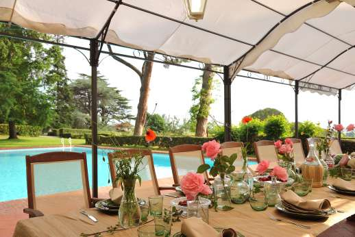 Weddings at Villa Lungomonte - A wonderful, spacious villa with exceptional gardens and pool.