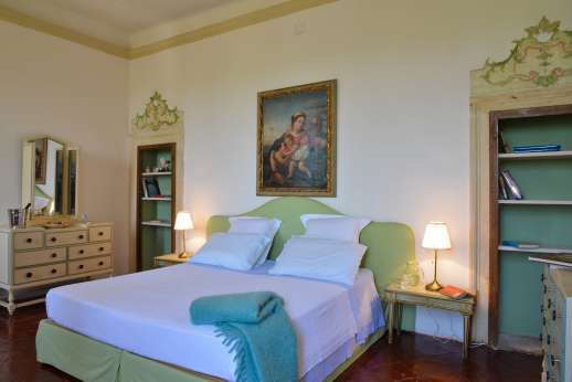 Villa Zambonina - Bedroom Camera Giovanni. Air conditioned double bedroom convertible into a twin, first floor
