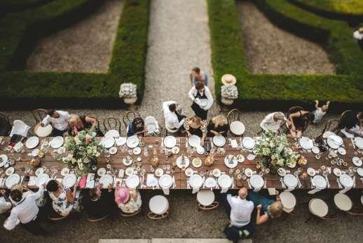 Weddings at Villa Zambonina - Wedding breakfast held in the Italian gardens