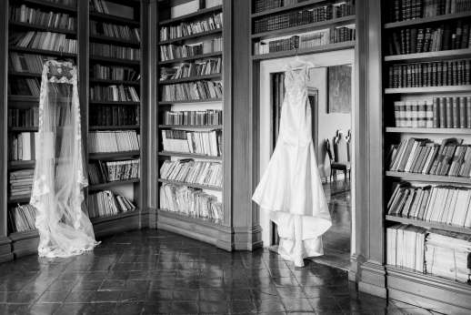 Weddings at Villa Zambonina - Bride preparing for the big day