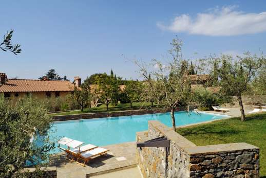 The Hamlet Casamora - The Hamlet of Casamora, part of a 500 year old estate, set in the hills south of Florence can accommodate 20 in three luxurious and very stylish residences.