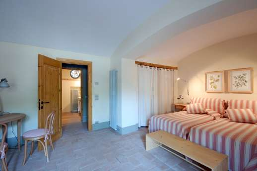 The Hamlet Casamora - L'Ulivo Casamora - The air conditioned twin bedroom.