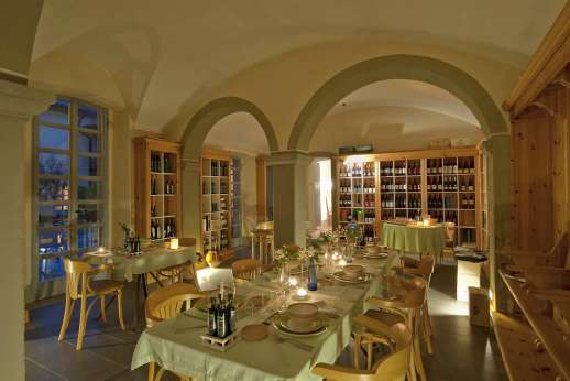Villa La Leccina Casamora - Another view of the dining room.