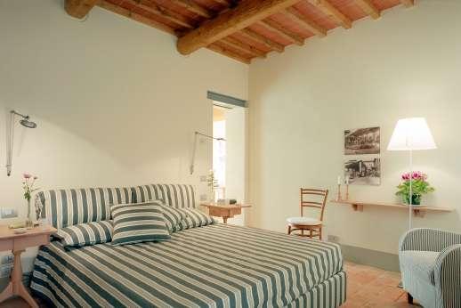 Villa La Nocciolina Casamora - Second double bedroom.