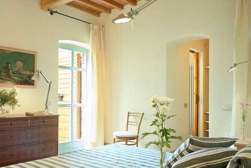 Villa La Nocciolina Casamora - All bedrooms have air conditioning.
