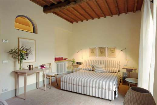 Villa Le Magnolie Casamora - Air conditioned double bedroom