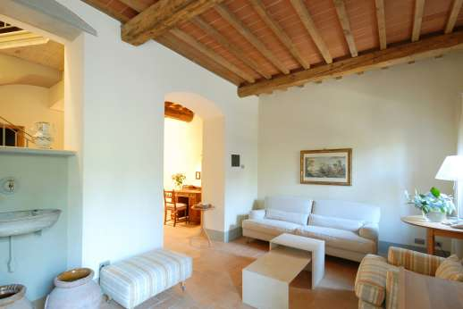 I Meli Casamora - Ground floor, sitting room.