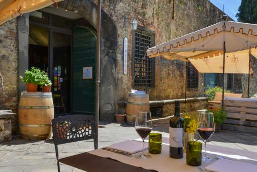 Gugliaie - Outside the Estate's Enoteca where wonderful wines can be tasted