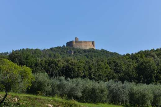 Querciatello - View of the castle Rocca Sillana, open to the public on weekends.
