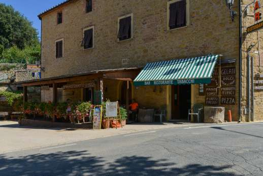 Querciatello - San Dalmazio, 4km/3 miles, a charming little village with a shop, a bar and two restaurants.