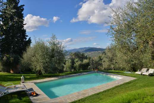 Villa Olmetto - The private swimming pool, 4 x 8 meters/13 x 26 feet