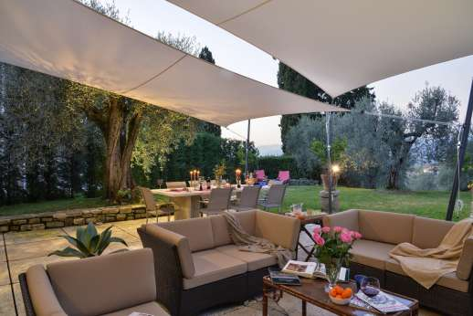 Villa Olmetto - Enjoy your meals outside day or night