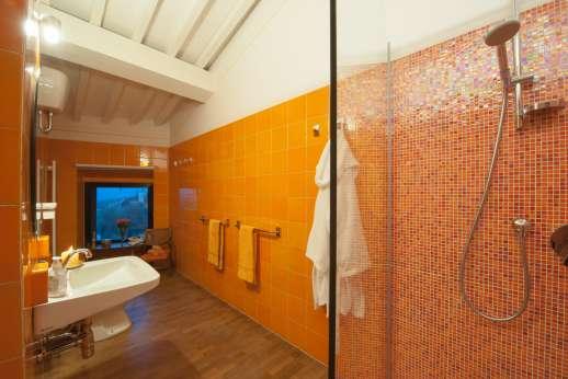 Villa Olmetto - Ensuite bathroom