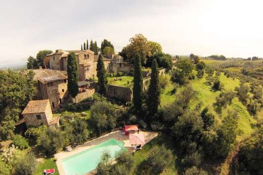 The Estate of Casa Vecchia - Set within a forty-acre estate of vineyards and olive groves; on The Estate of Casa Vecchia