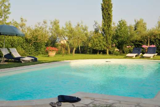 The Estate of Casa Vecchia - The  6 x 12 meters/20 x 39 feet swimming pool, refreshing during the hot summer months.