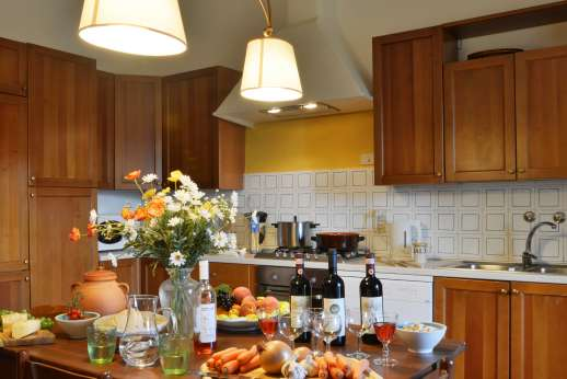 The Estate of Casa Vecchia - A large and well equipped kitchen.