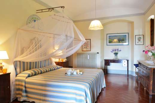 The Estate of Casa Vecchia - Double bedroom also with en suite bathroom.