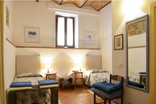The Estate of Casa Vecchia - Second twin bedroom on the ground floor also with en suite bathroom and shower.