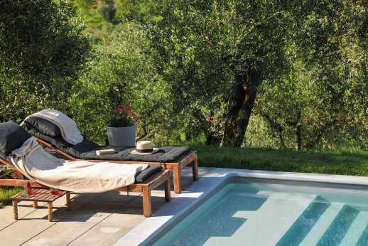 Villa le Cipressae - Pliantly of reclining seats by the pool