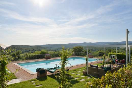 Borgo Gerlino - 2 x 6 / 38 x 19 feet swimming pool surrounded by a cotto paved area