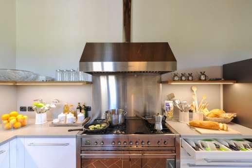 Borgo Gerlino - Try the local cuisine of Tuscany!
