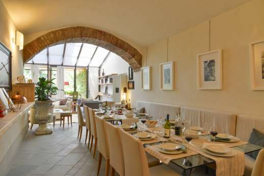Villa Albizi - Large dining tables to seat all the guests