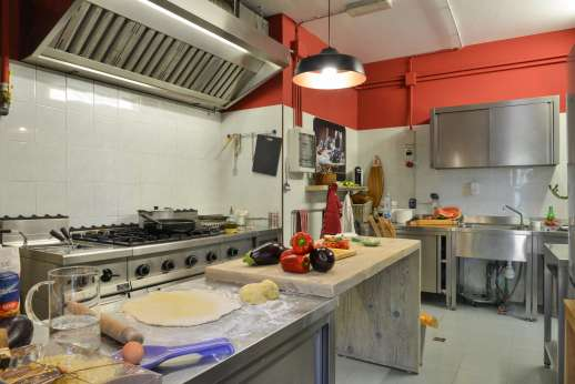 Villa Albizi - The professional kitchen for cooking for all the guests