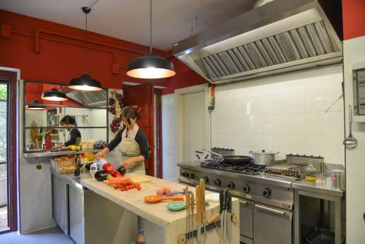 Villa Albizi - The professional kitchen with chef included