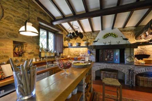 Podere Uccella - Breakfast bar in the kitchen