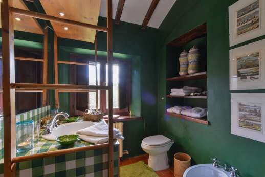 Podere Uccella - Ensuite bathroom