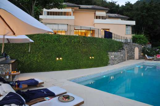 Bellaria - The pool area is lit and can be enjoyed in the evening