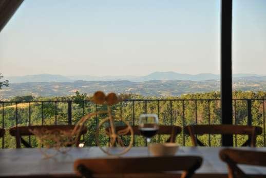 Villa Ostignano - A view to dine to