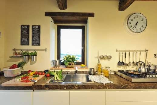 Poggiobuono - Well equipped modern kitchen