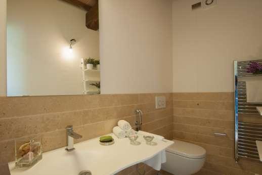 Poggiobuono - Ground floor WC
