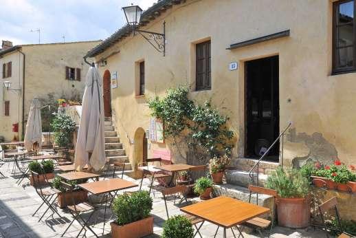 Poggiobuono - Restaurant in the village of Bagno Vignoni