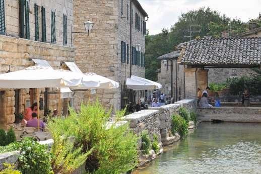 Poggiobuono - Charming water front bars
