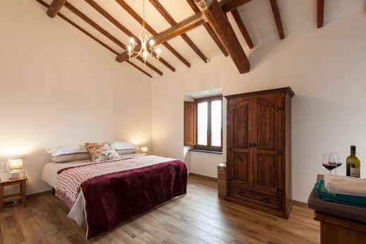 Segreto Gelsomino - First floor air conditioned twin bedroom [convertible to doubles] with en suite bathroom