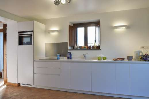 Segreto Gelsomino - Independent from the rest of the villa with access through the lower terrace. Small open plan kitchen/living room