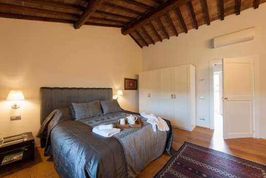 Podere Nuccioli - Guest house Air conditioned double bedroom