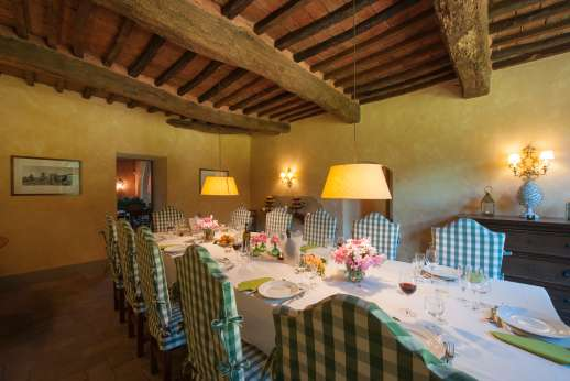 Poggio Ai Grilli - Dining room with space for 16 people.