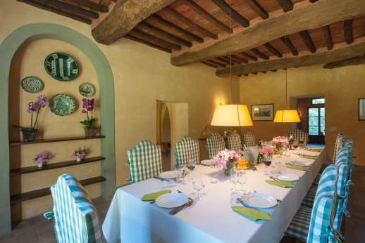 Poggio Ai Grilli - Another view of the dining room