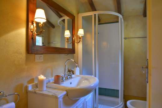 Poggio Ai Grilli - Guesthouse En suite bathroom with shower