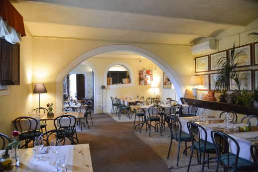 Poggio Ai Grilli - The inside of Camugliano's Locanda