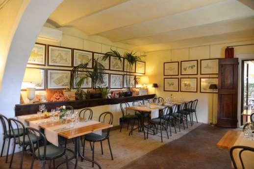 Poggio Ai Grilli - The inside of Camugliano's Locanda