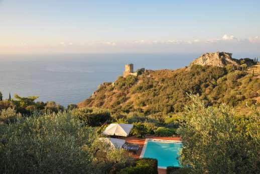 Passo Reo - Amazing coastline views