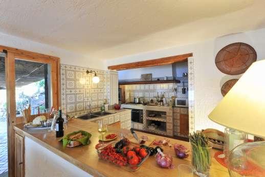 Passo Reo - Main house kitchen