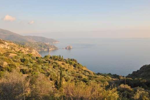 Passo Reo - The Tuscan coast