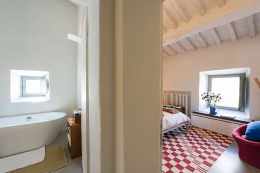 Il Molinaccio - Shared bedroom next to double bedroom and twin bedroom