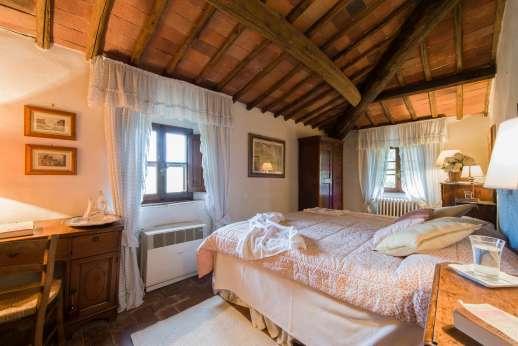 Montesassi Double bedroom